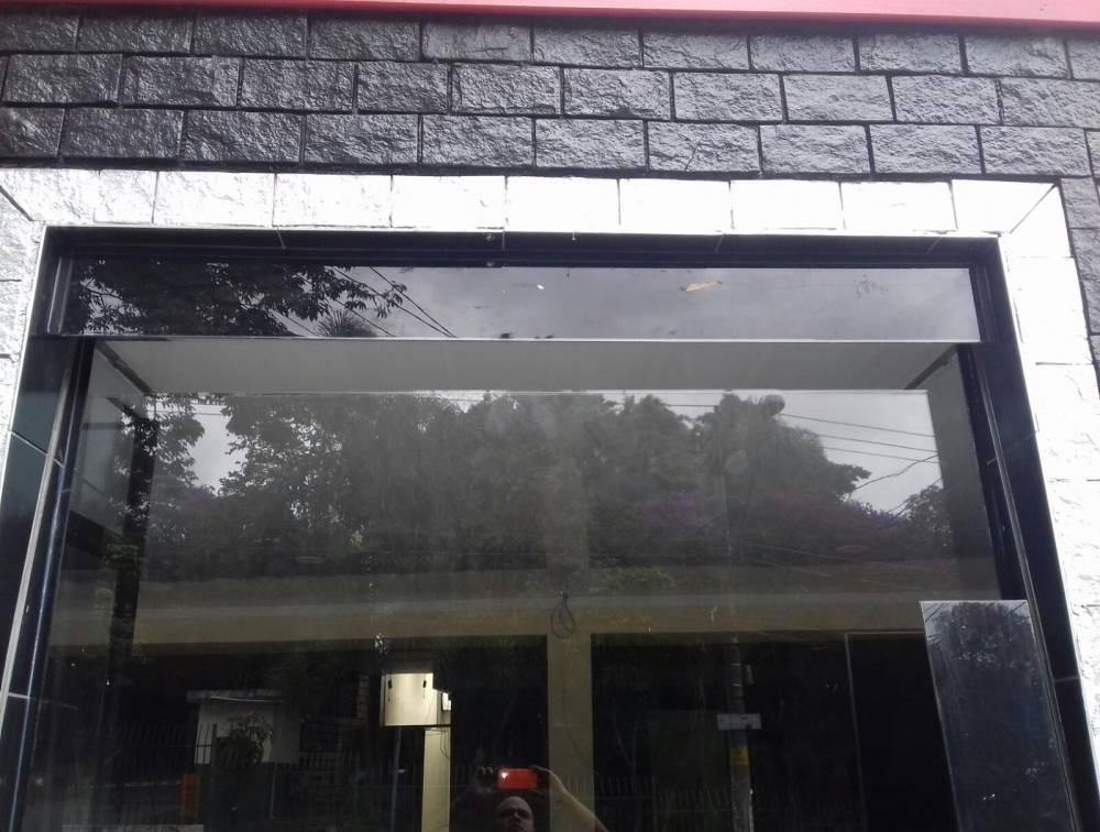 Escada de Vidro no Jardim América - Vidro Jateado