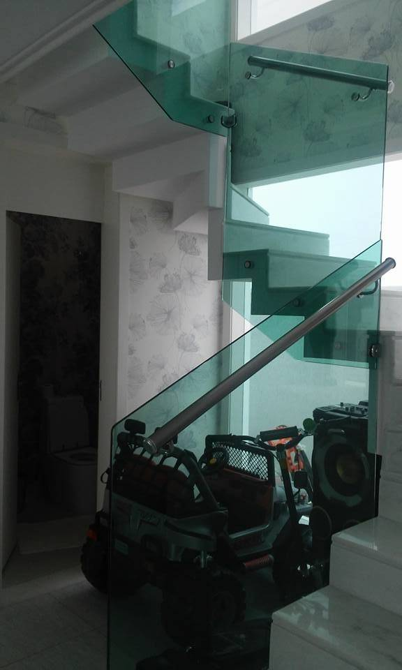 Guarda-corpo de Vidro com Prolongador no Sacomã - Guarda-corpo de Vidro com Torre