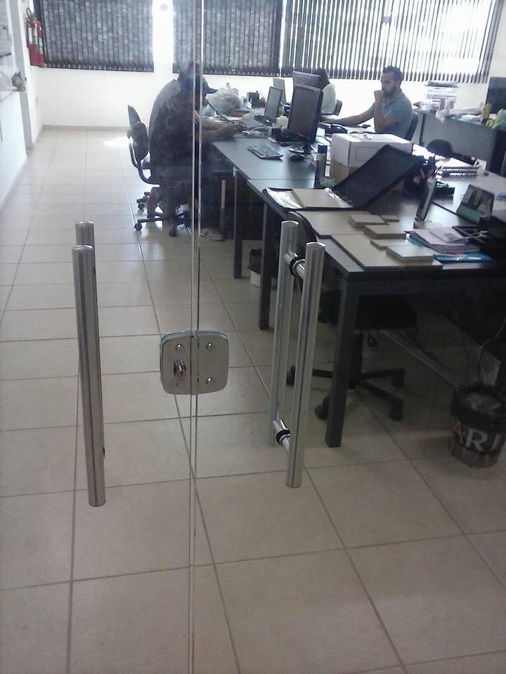 Loja de Porta de Vidro com Fechadura no Ipiranga - Porta de Vidro Temperado