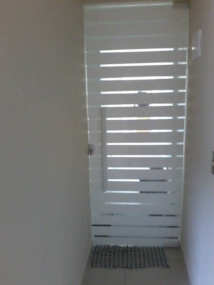 Porta de Vidro Jateado no Sacomã - Porta de Vidro Temperado