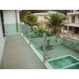 Montagem de Guarda-corpo de vidro na Vila Andrade