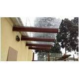 Pergolados com cobertura de vidro no Jardim Iguatemi