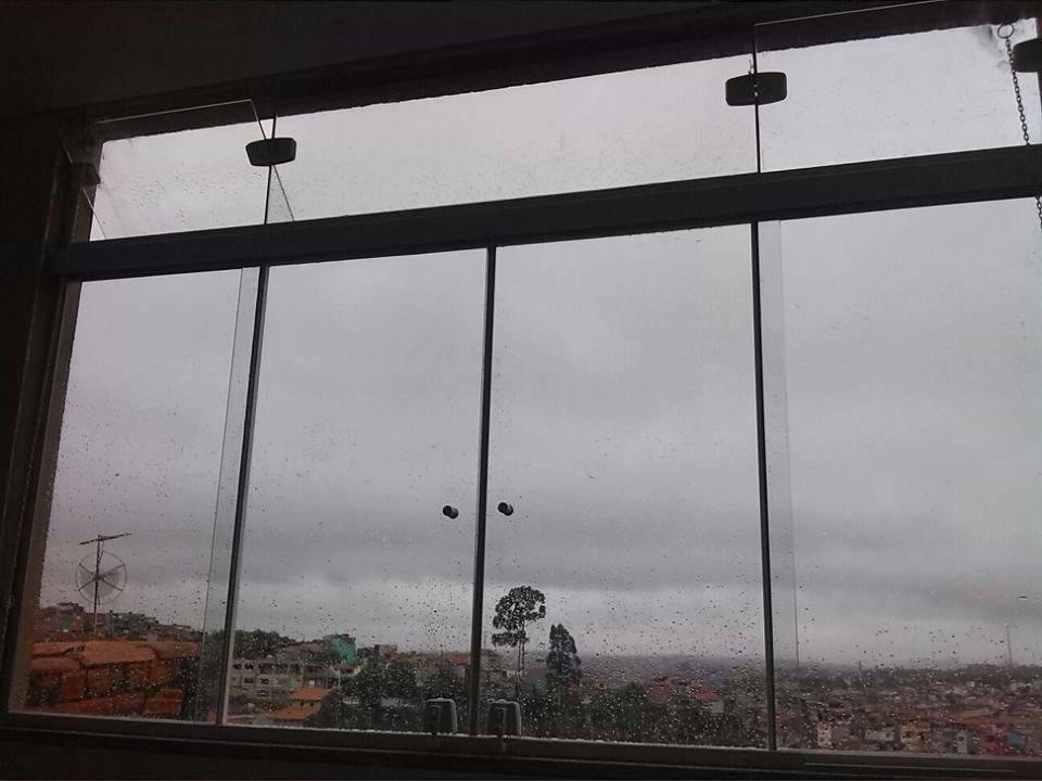 Vidro Fumê em Itaquera - Envidraçamento de Sacada